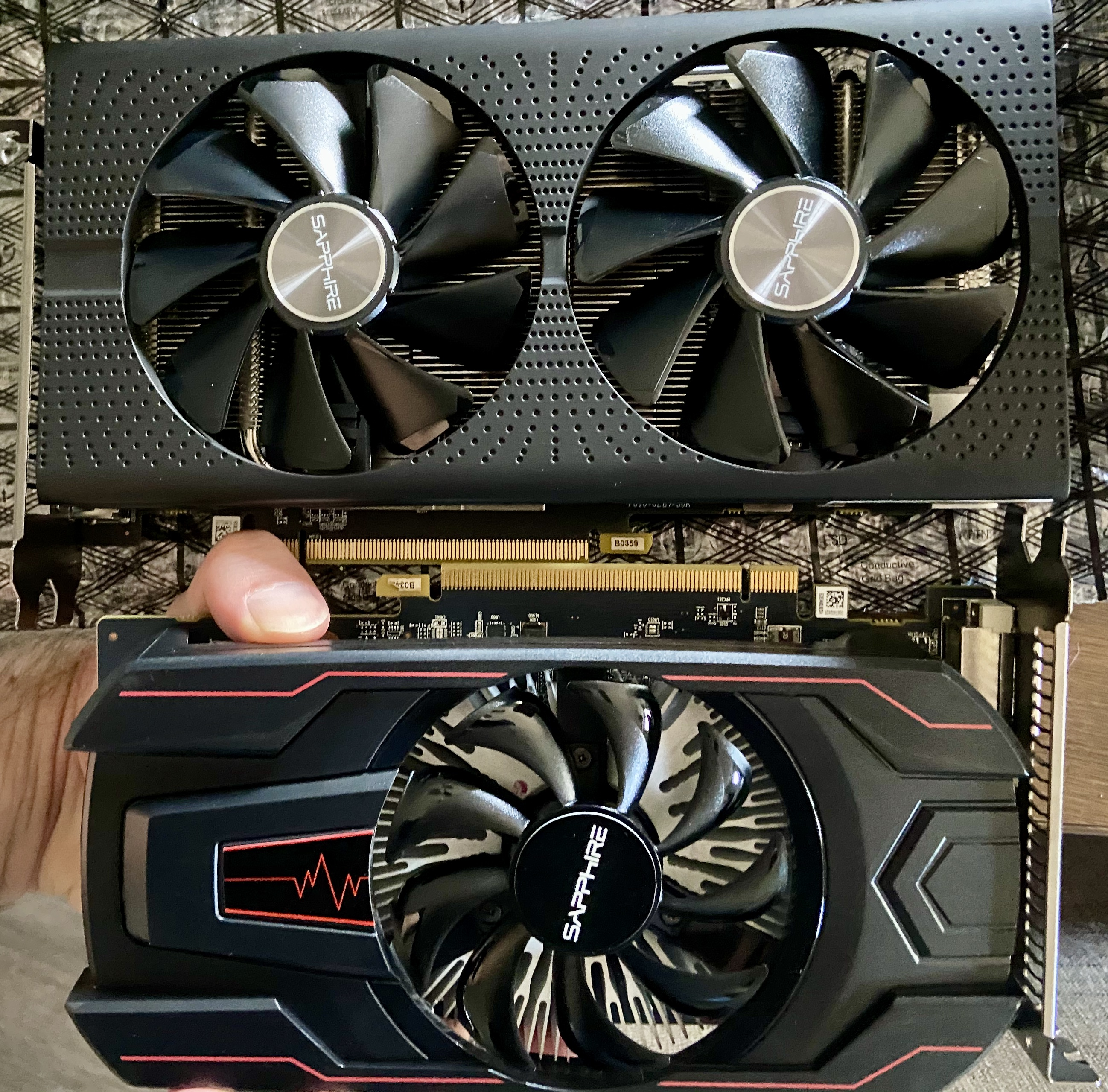 The rx560 and 580 side-by-side